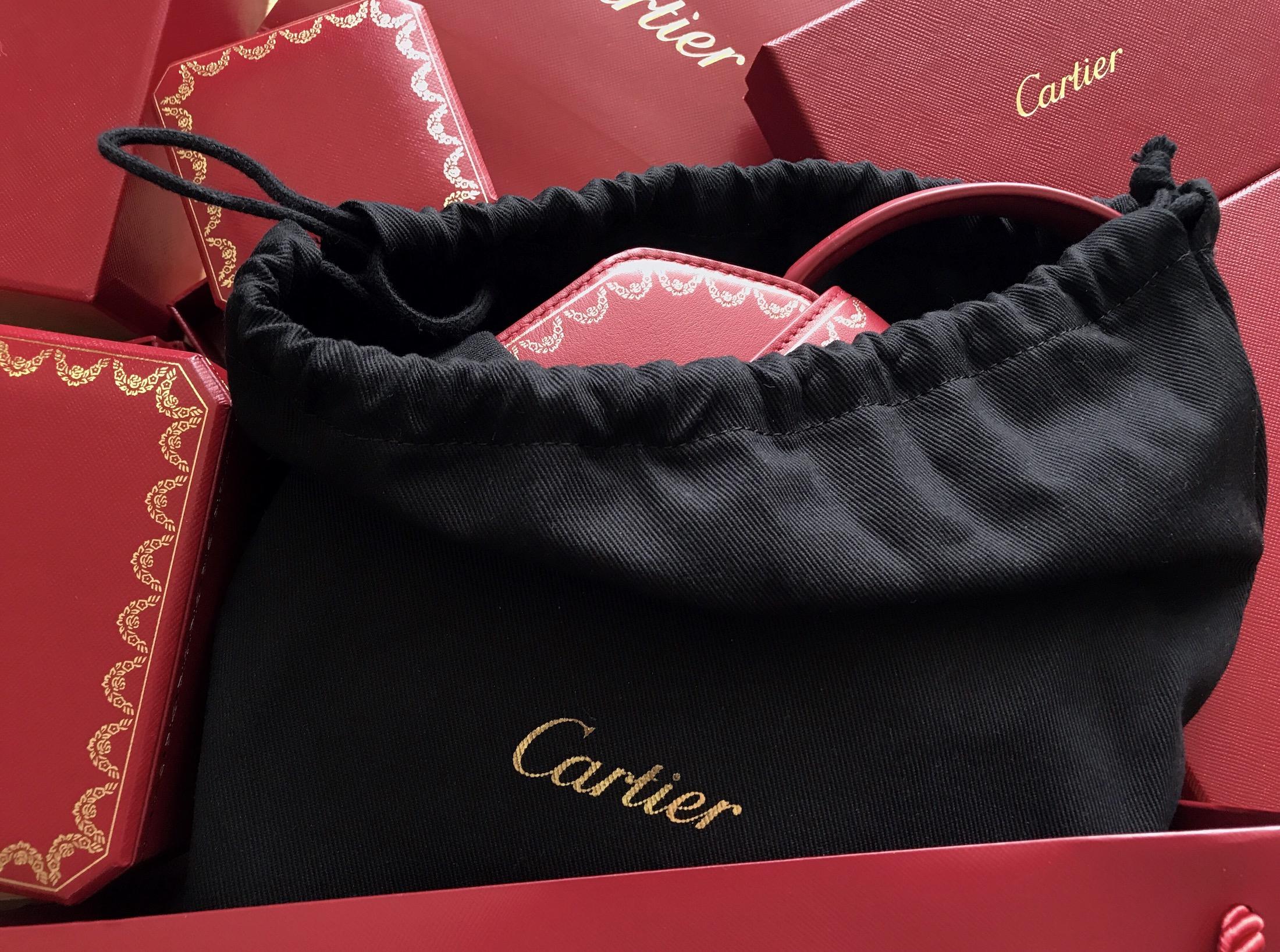 Jewel of A Bag  The New Guirlande de Cartier  19f44c0bea9