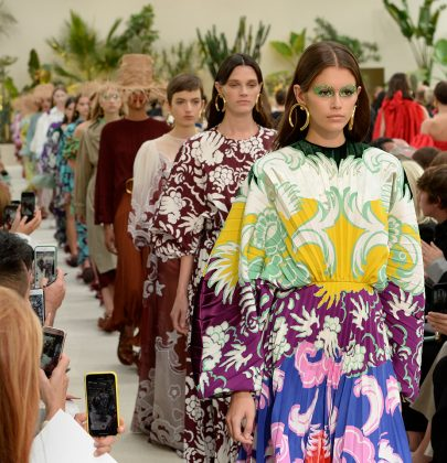 Valentino SS2019: Escape into Reality