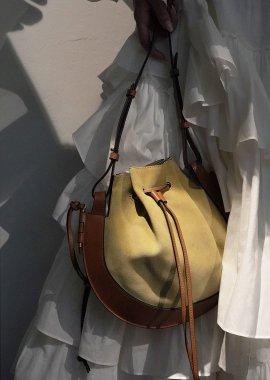 Bag Talk: Loewe Horseshoe