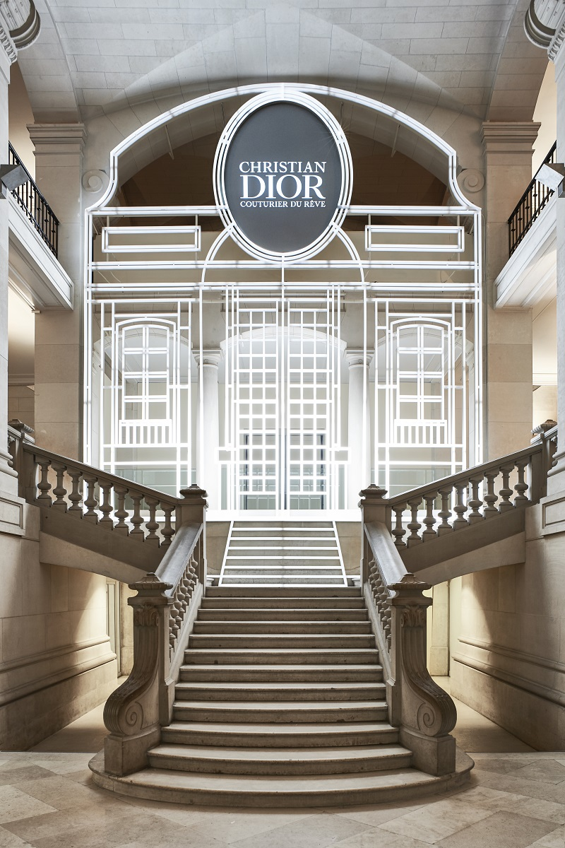 b502a83c5 The House of Dior celebrates its 70th anniversary with a lavish exhibition  at the Musée des Arts Décoratifs from 5 July 2017 to 7 January 2018.