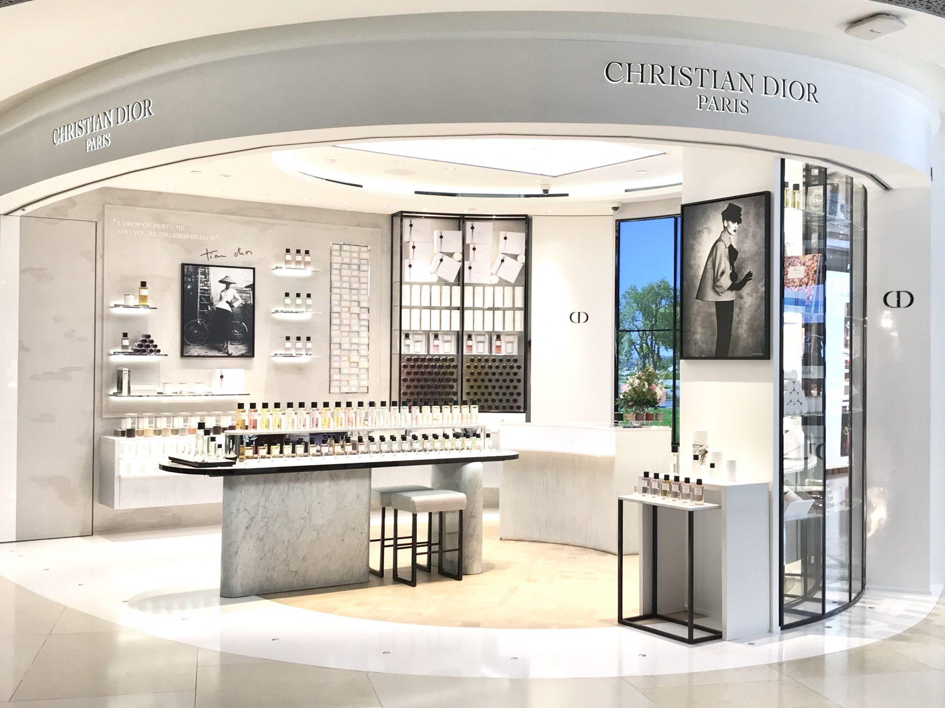 Maison Christian Dior : maison christian dior opens in singapore curatedition ~ Zukunftsfamilie.com Idées de Décoration