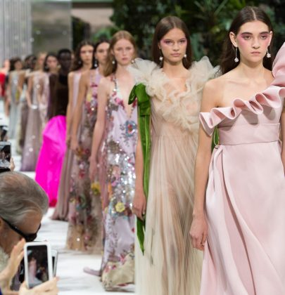 Valentino Spring/Summer 2018: Of Space Age and '80s Glam Revival
